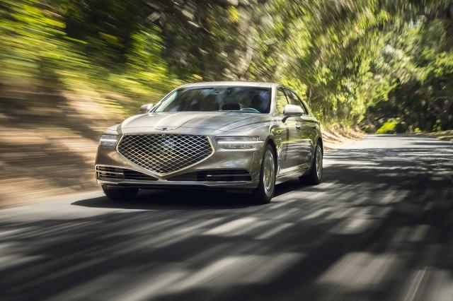 2021 Genesis G90 Review