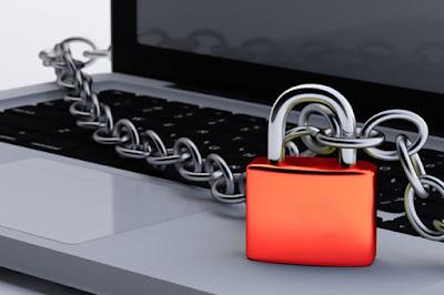 Reforma política cria censura na internet sem aval judicial