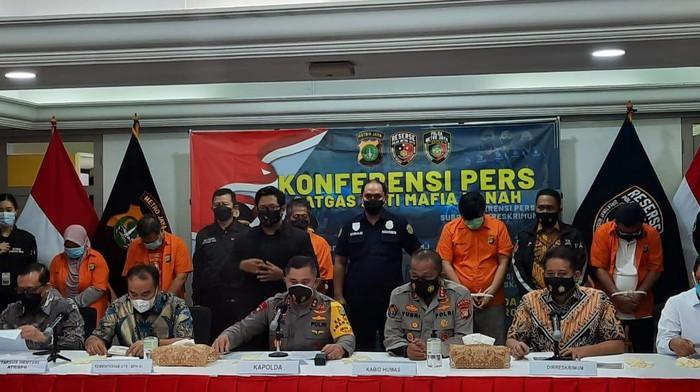 Polisi Bongkar Cara Kerja Mafia Tanah Jarah Rumah Ibu Dino Patti Djalal