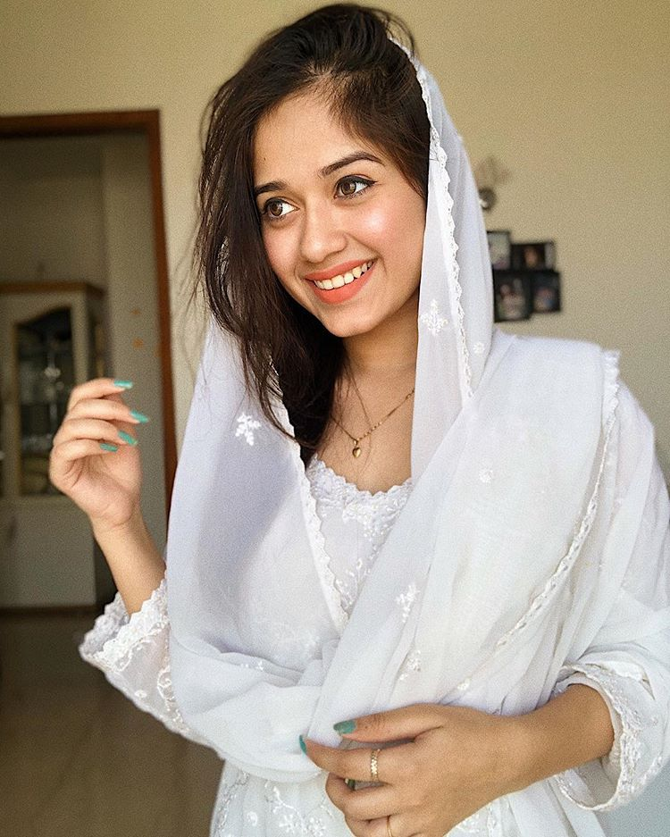 Happy Jannat Zubair Wallpapers