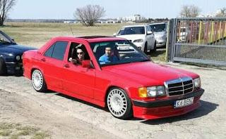 رجل السيارات