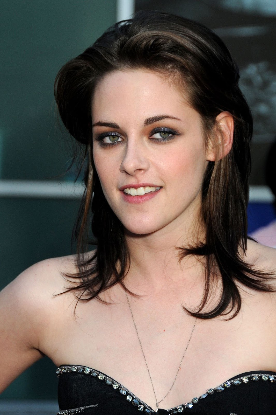 Kristen Stewart Hotkristen Stewart Hot Lip Kiss Hd Images -3099