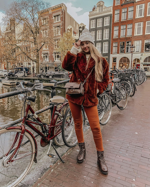 Amsterdam fashion blogger travel diary blog
