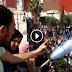 عاجل .. بالفيديو : احتجاجات عارمة بالحسيمة والزفزافي فوق السطوح والمخزن في مواجهة المواطنين