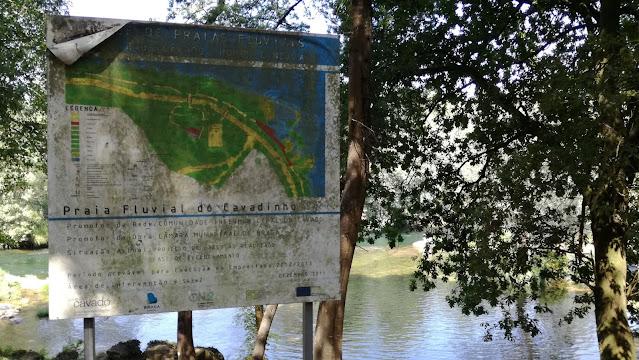 Placa Praia Fluvial do Cavadinho