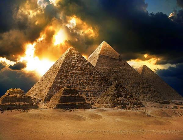Arkeolog Temukan Makam Firaun Berisi Mumi