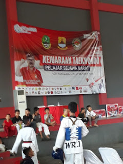 Achmad A'la Derajat Raih Emas Dalam Kejuaraan Taekwondo Gebyar Olahraga Pelajar Se Jawa Barat