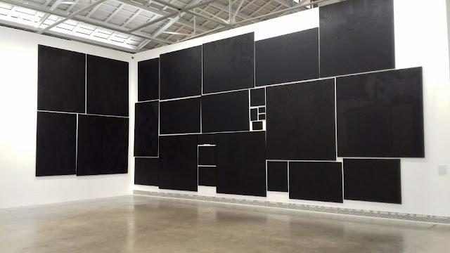 Cuadros tapados. Pinturas negras de Nicolás Ortigosa