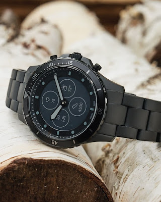 Fossile India popular smart watch brand