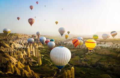 Naik Balon Udara di Cappadocia