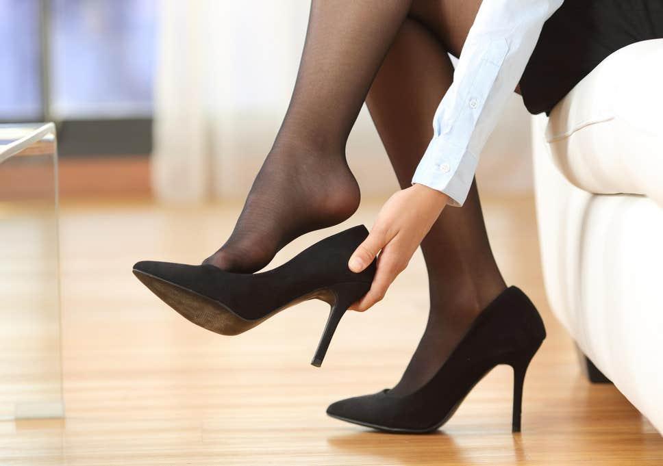 Betul ke pakai kasut tumit tinggi akan menjejaskan kesihatan?