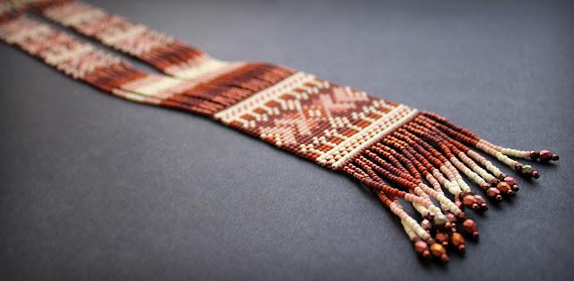 стоимость гердана из бисера купить украшение из бисера в фольклорном стиле гердан фото