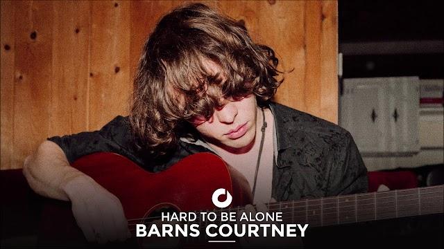 Barns Courtney lança seu novo EP junto com vídeo de Harto Be Alone