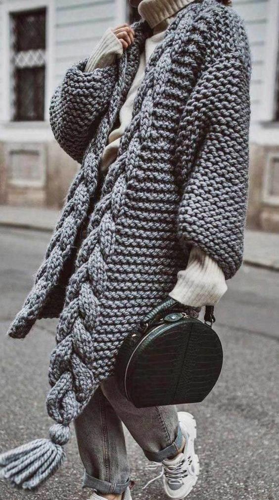 sweter na zdjęciu