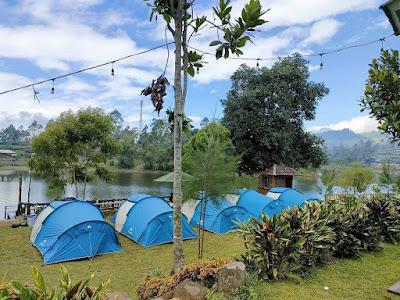 Camping pinggir situ cileunca de bloem villa