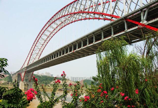 Maior ponte em arco do mundo