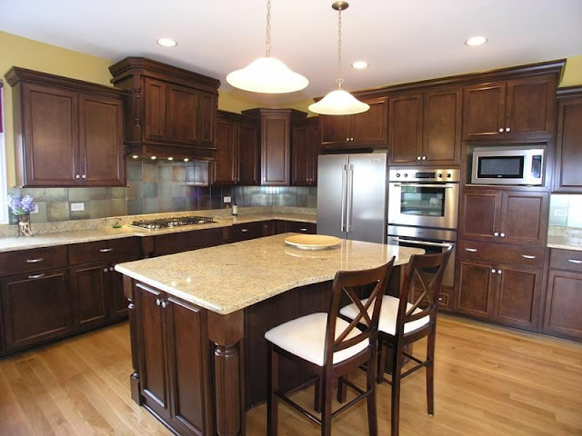 Wood kitchen styles with modern appliances and warm colors Wood kitchen styles with modern appliances and warm colors 5b6f289f362cad513caf1b16b965a440