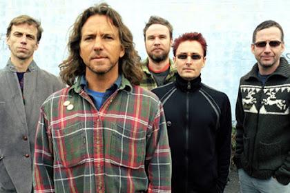 10+ Lagu Terbaik Pearl Jam yang Populer dan Enak Didengar