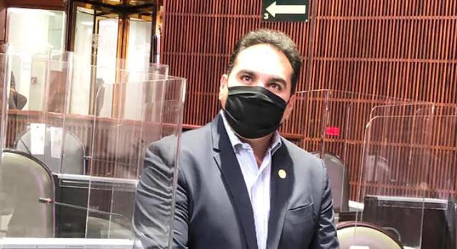 Jesús Vidal vota en contra de ley de hidrocarburos