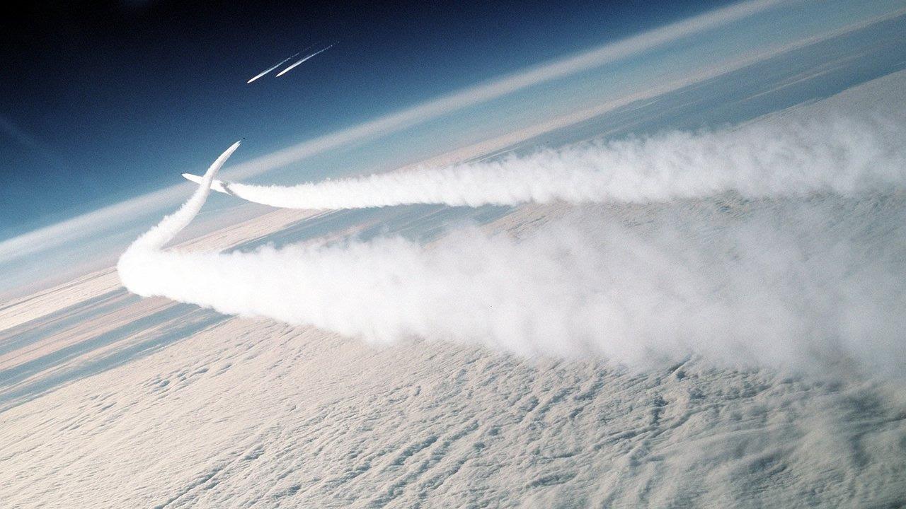Chemtrails: ¿Se trata de plasma generado químicamente para aumentar la conductividad eléctrica de la atmósfera?