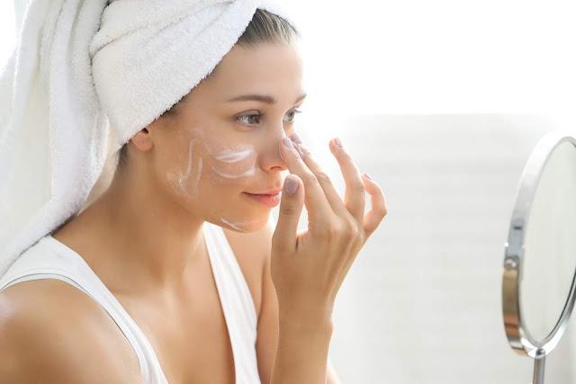 Les meilleures techniques de nettoyage du visage en profondeur pour une peau rayonnante!