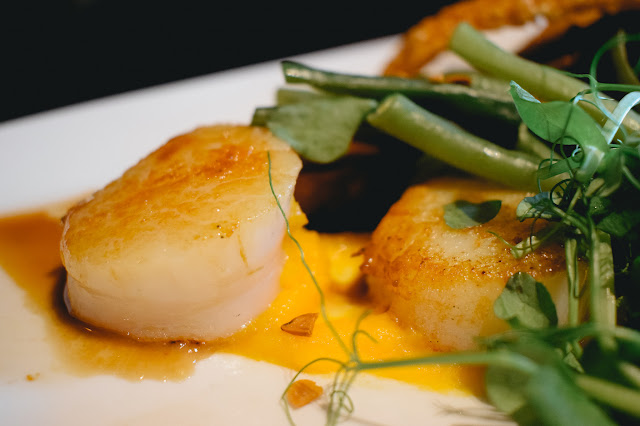 The Fox Menston review - roasted pork belly with seared scallops