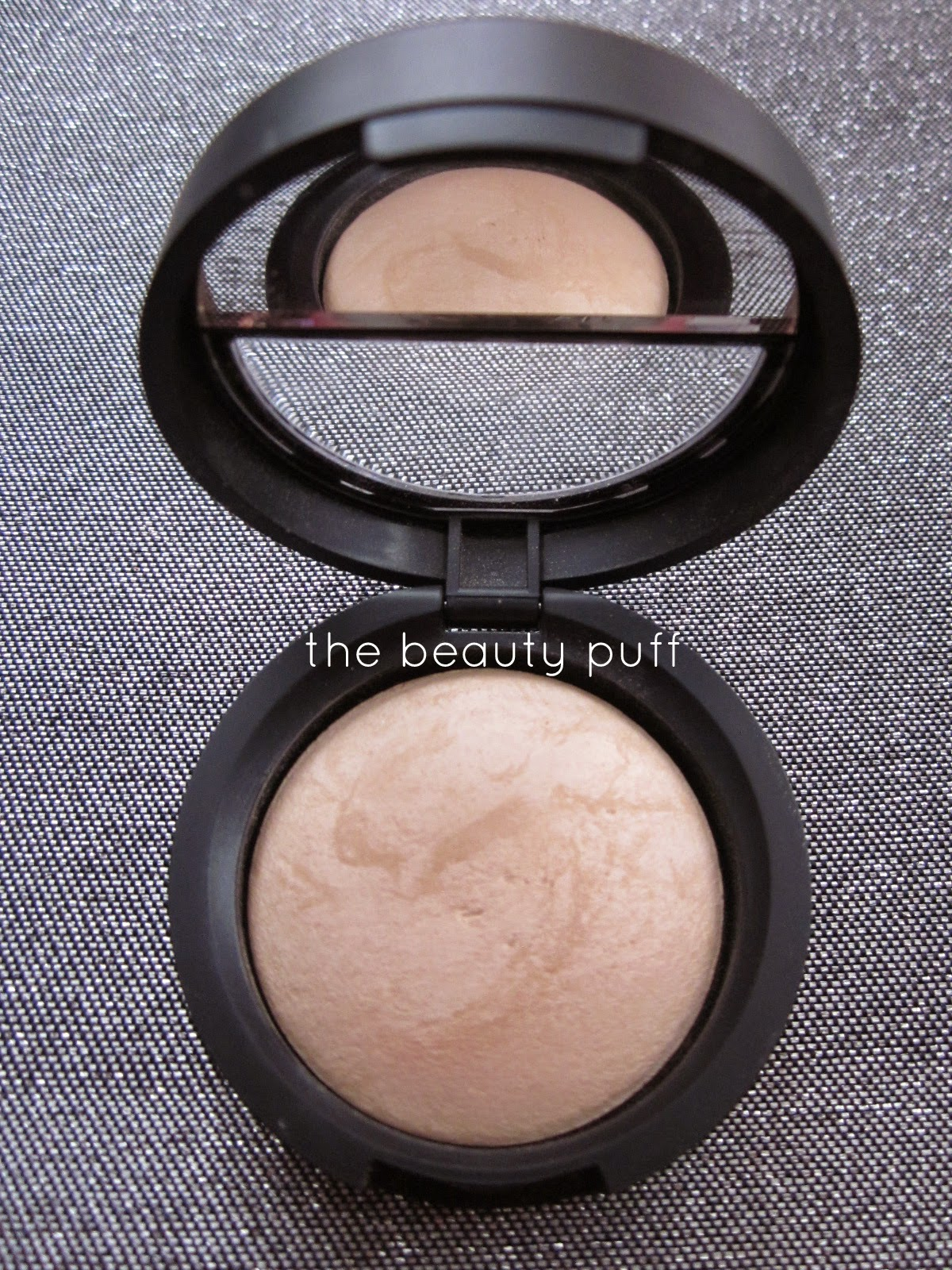 laura geller french vanilla - the beauty puff