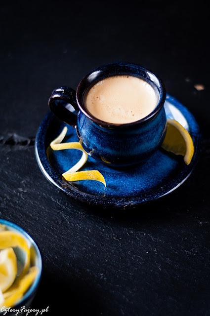 Kawa-z-cytryna-espresso-romano