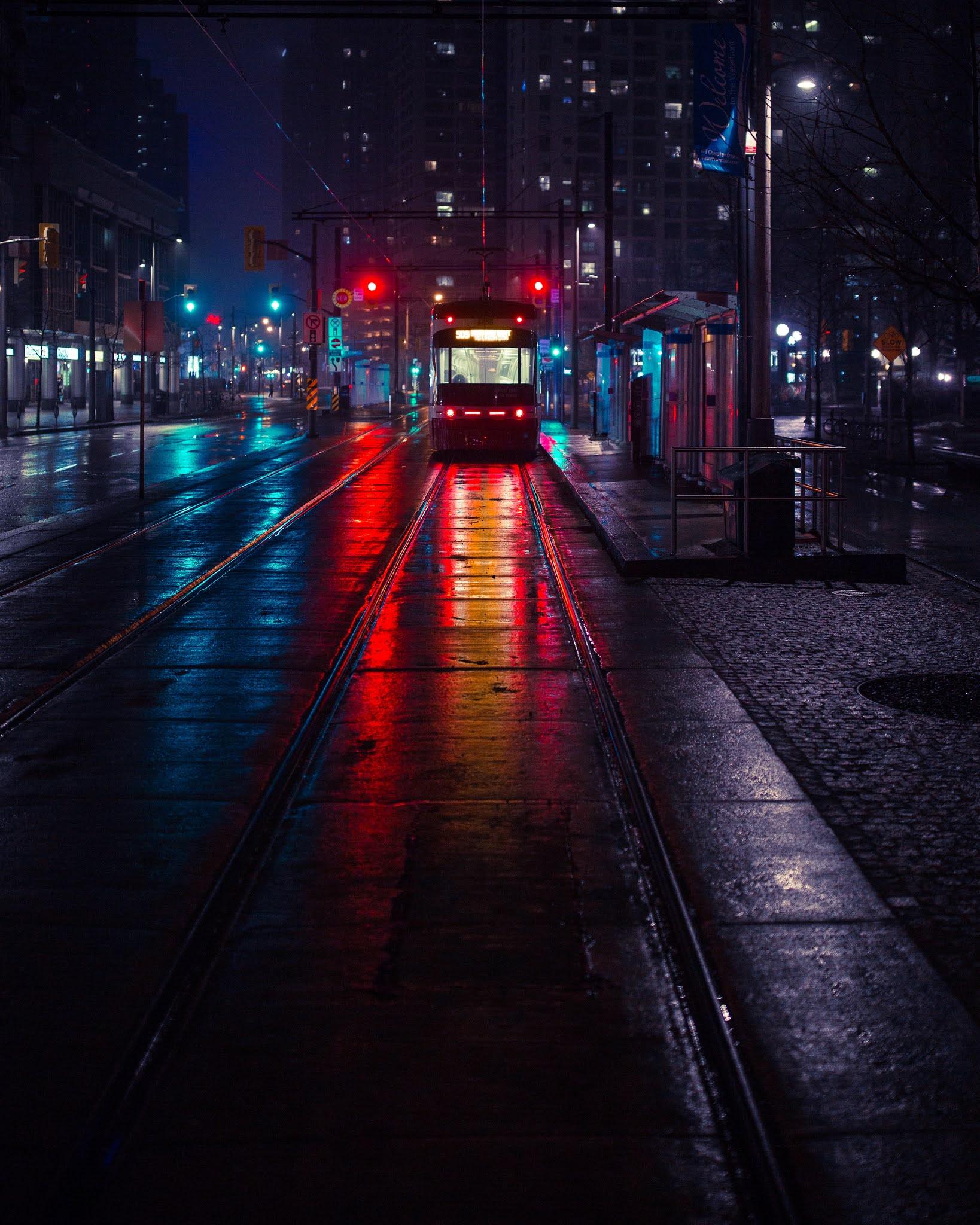 train streetlights mobile wallpaper