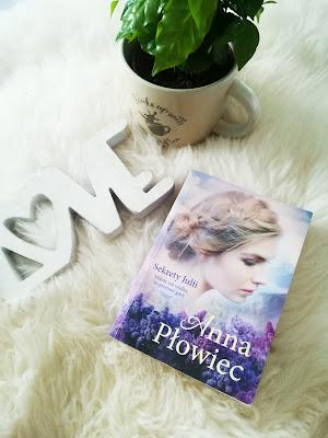 Anna Płowiec - Sekrety Julii