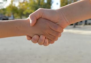 信頼関係を築く イメージ