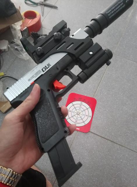 Súng lục Glock bắn đạn thạch_4