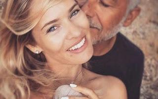 Ο Χάρης Χριστόπουλος παντρεύτηκε την κούκλα σύντροφό του