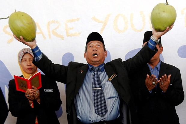 Mencoreng Citra Islam, Dukun Malaysia Dipanggil Polisi