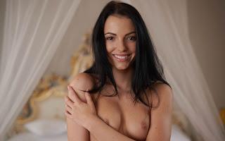 普通女性裸体 - Sapphira%2BA-S02-024.jpg