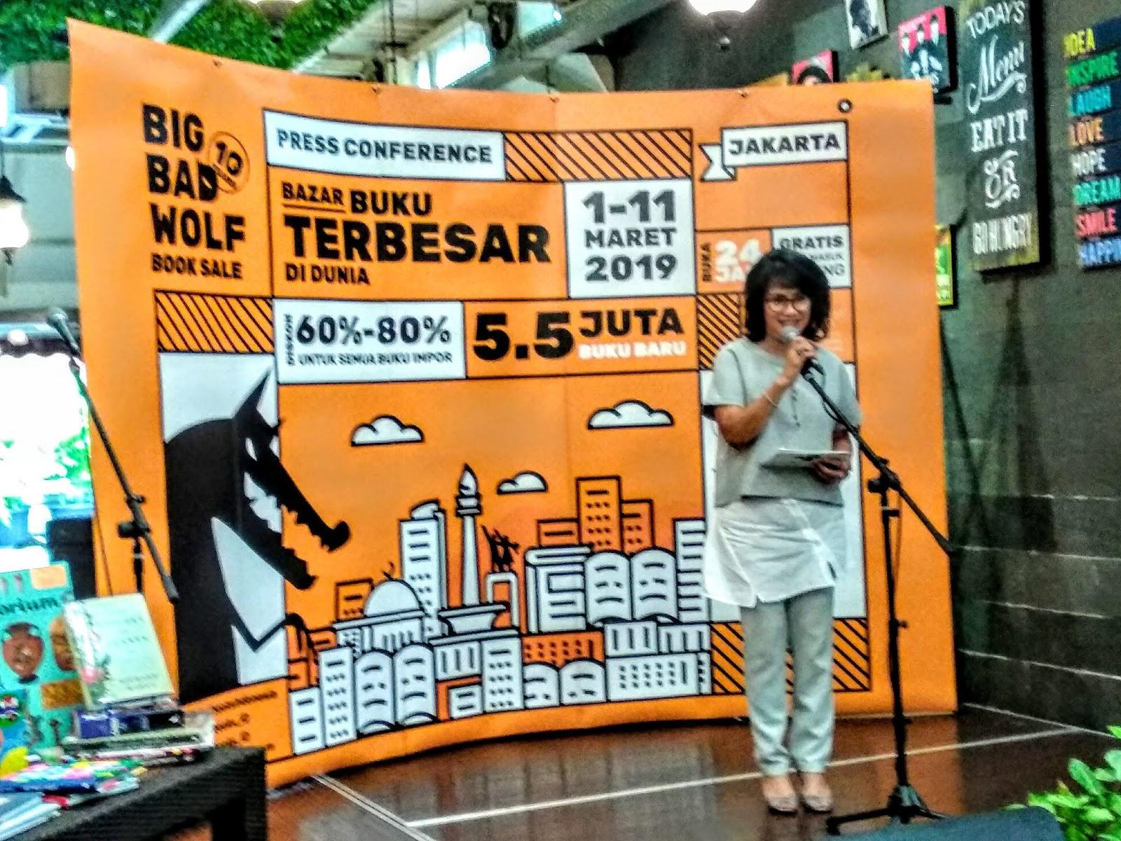 Mendorong Minat Baca Masyarakat Bazar Buku Big Bad Wolf