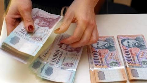 Visszaéltek az uniós támogatásokkal: zárolta a bűnbanda 700 milliós vagyonát a NAV