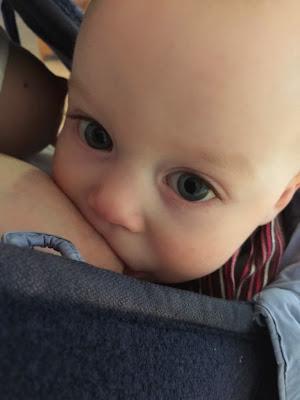 stillendes Baby