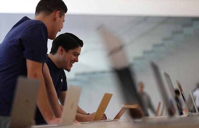 Compra de notebook e laptop na Apple na Califórnia