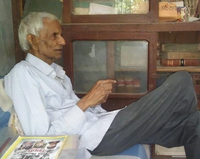 अबब! पंधरा हजार कार्टून्स!... जयवंत काकडे (Jayvant Kakade – The Cartoonist from Warora-Chandrapur)