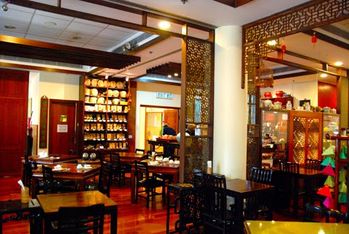 Lan Kwai Fong Teahouse in Hong Kong Park china