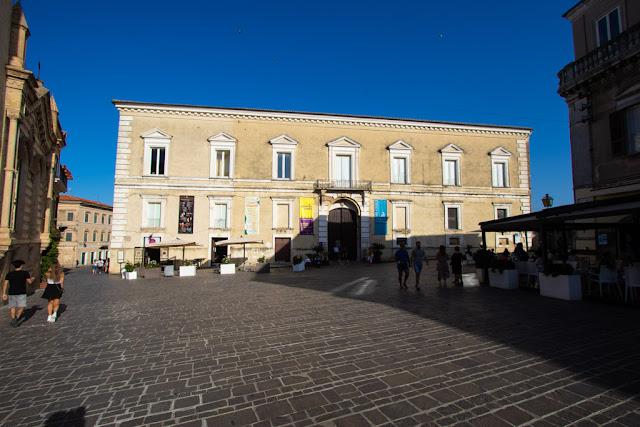 Palazzo d'Avalos-Vasto