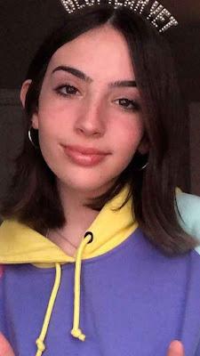 Gabriela Bee Wiki, Biography