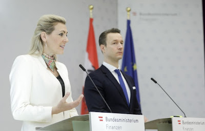 هل,تعاني,وزيرة,العمل,النمساوية,فعلا,من,نقص,في,اللغة,الألمانية؟