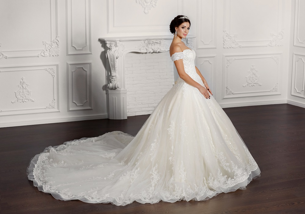 Aussie 39 s hub the choice of wedding dress designers makes for Best wedding dresses for dancing