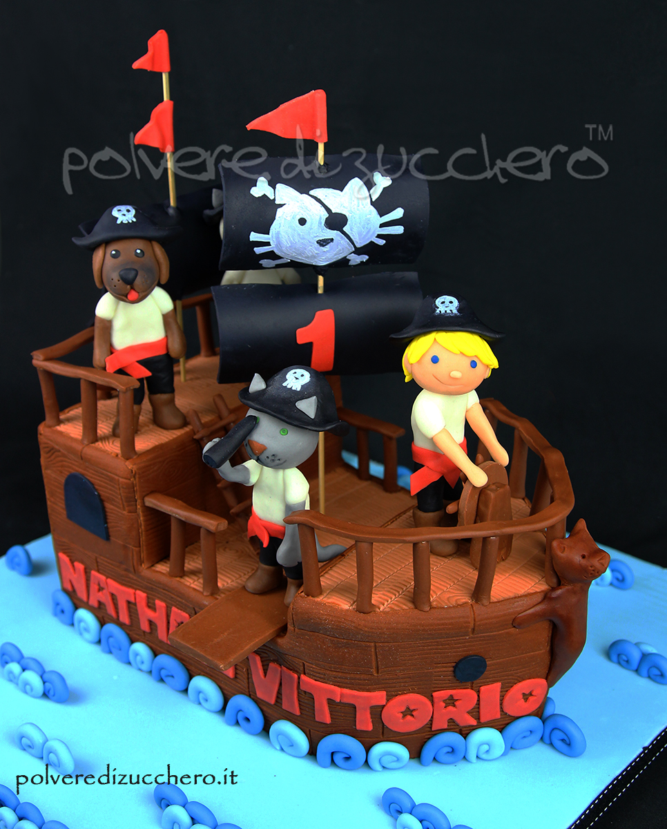 torta decorata cake design pasta di zucchero vascello dei pirati cane gatto polena fondant sugar paste pirate vessel cat dog boy