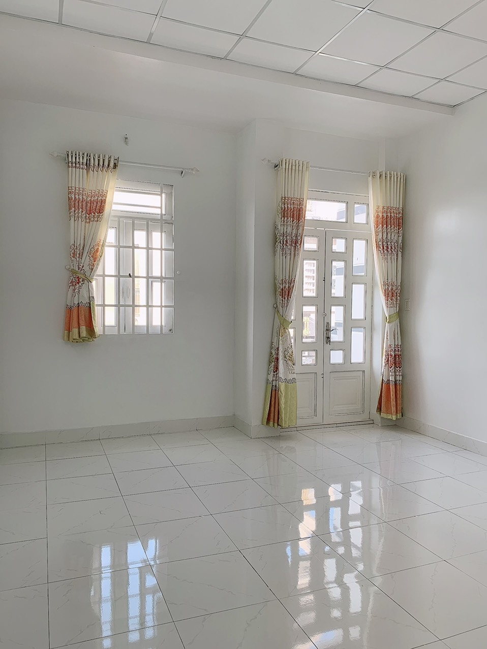Bán nhà đường Phú Định phường 16 Quận 8 giá rẻ. Nhà rộng rãi 2 lầu đúc thật