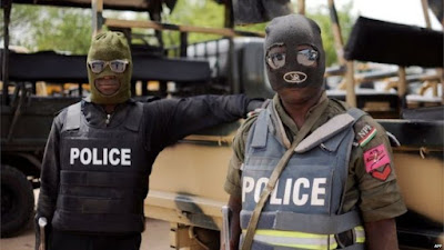 Four Yoruba Police Officers Forced Innocent Man At Gun Point To Withdraw N140,000 From ATM