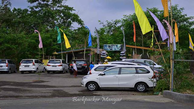 Area parkir di Air Terjun Kanto Lampo Bali