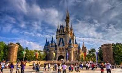 Tokyo Disneyland Jepang